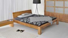 Bett Taurus mit Kopfteil aus Massivholz Gesamtansicht Massivholzbett Taurus